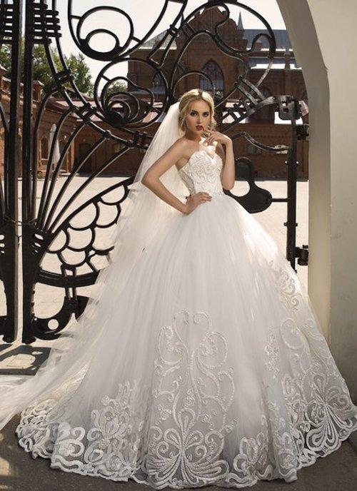 Весільні сукні 2016  огляд модних тенденцій сезону » 2016 рік мавпи ... cfb4f51e79063